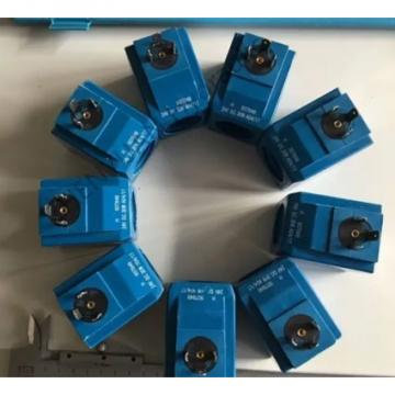 Vickers PV023R1E1T1NMFC4545 Piston Pump PV Series