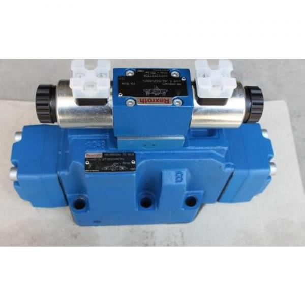 REXROTH 4WE 10 M3X/CG24N9K4 R900500932 Directional spool valves #1 image